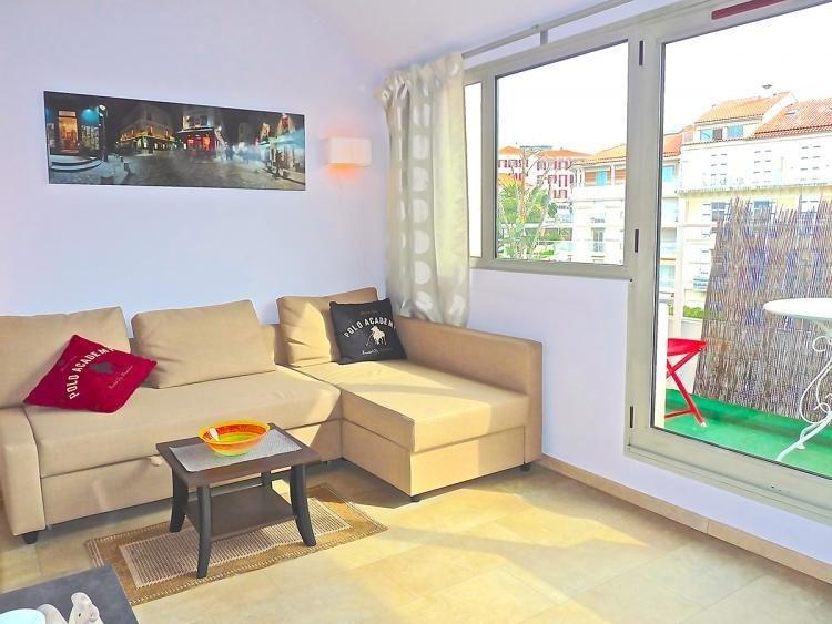 Felibriges Penthouse - Image 1 - Cannes - rentals