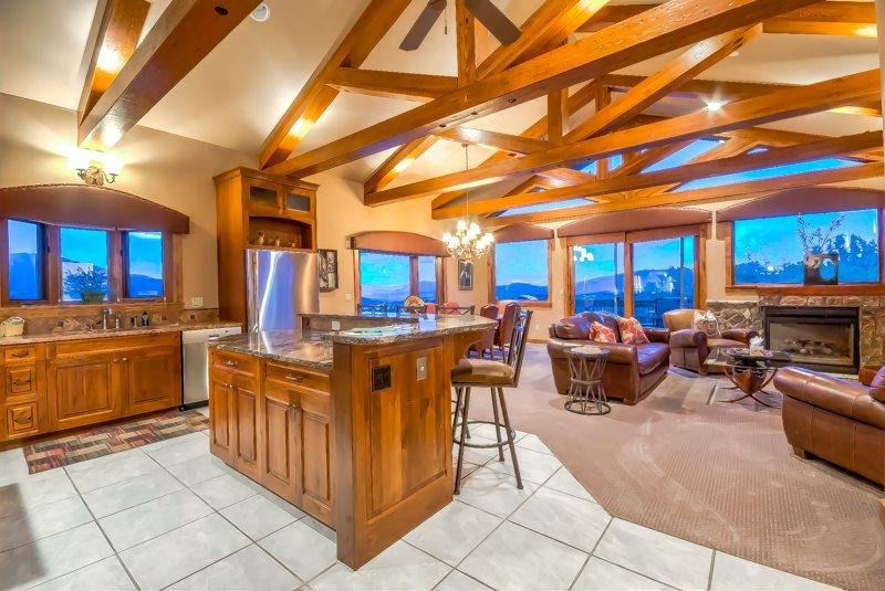 Craftsmanship and Ambience With Breathtaking Views - Image 1 - Steamboat Springs - rentals