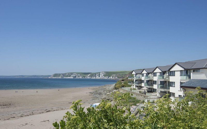 Apartment 24 - Image 1 - Bigbury-on-Sea - rentals