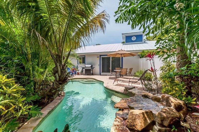 Pool 1 - AHOYMATEY - Holmes Beach - rentals