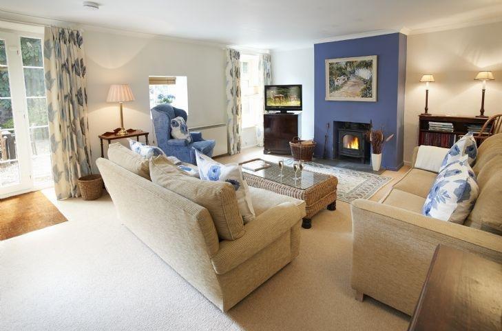 Mews Cottage - Image 1 - Cury - rentals