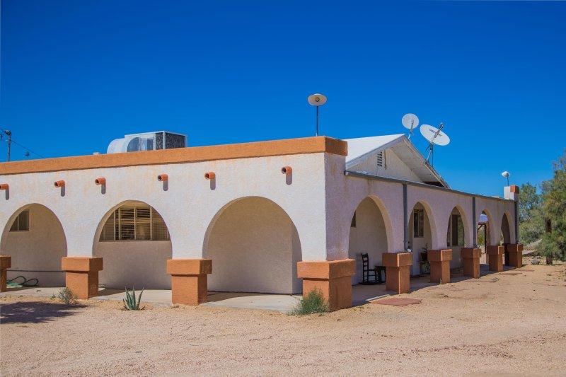 RANCHO MESA - Joshua Desert Retreats - Image 1 - Joshua Tree - rentals