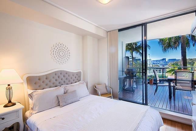 Breaker Cove - Stylish 2 Bedrooms Apartment - Image 1 - Sydney - rentals