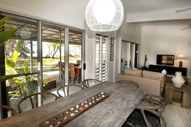 Mission Belle - Stunning Beachfront House - Image 1 - Mission Beach - rentals