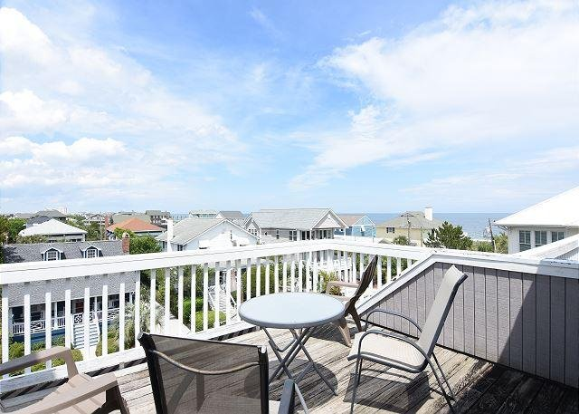 Girman Ocean View Deck - Girman-Beautifully furnished townhouse with nice ocean views, close to beach - Wrightsville Beach - rentals