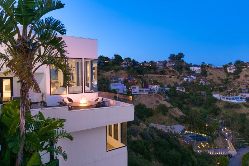 Sunset Plaza Modern Villa - Image 1 - Los Angeles - rentals