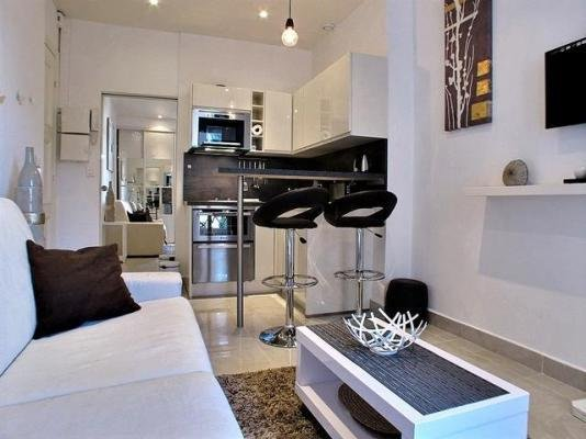 Miramar Studio 4- On the Croisette and by the Sea - Image 1 - Cannes - rentals