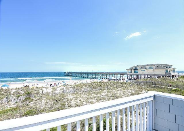 Seabiscuit Oceanfront Deck - Seabiscuit - Enjoy your vacation at this bright and open oceanfront townhome - Wrightsville Beach - rentals