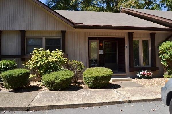 Front v1 - 4DiamPl  |Coronado Courts |Townhome|Sleeps 6 - Hot Springs Village - rentals