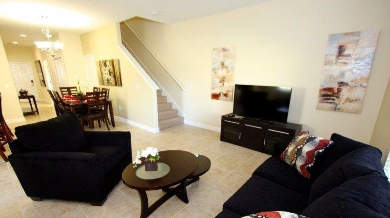 Fabulous 5 Bedroom 4 Bathroom Town Home in Paradise Palms. 8951BPR - Image 1 - Four Corners - rentals