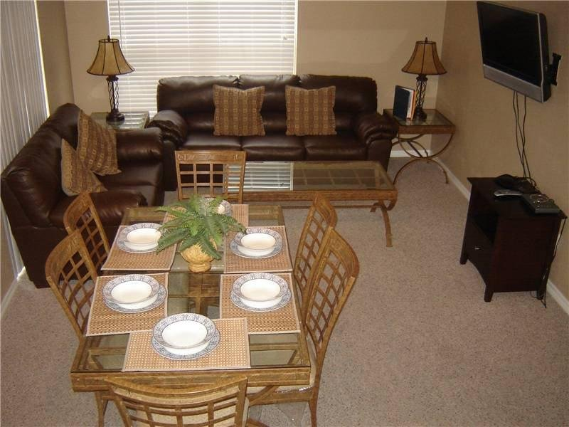 4 Bedroom 3 Bathroom Town Home in Kissimmee. VS062 - Image 1 - Old Town - rentals