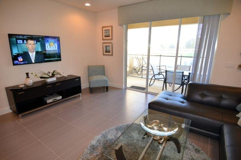 3 Bedroom Luxury Town Home With Private Pool. 17414PA - Image 1 - Orlando - rentals