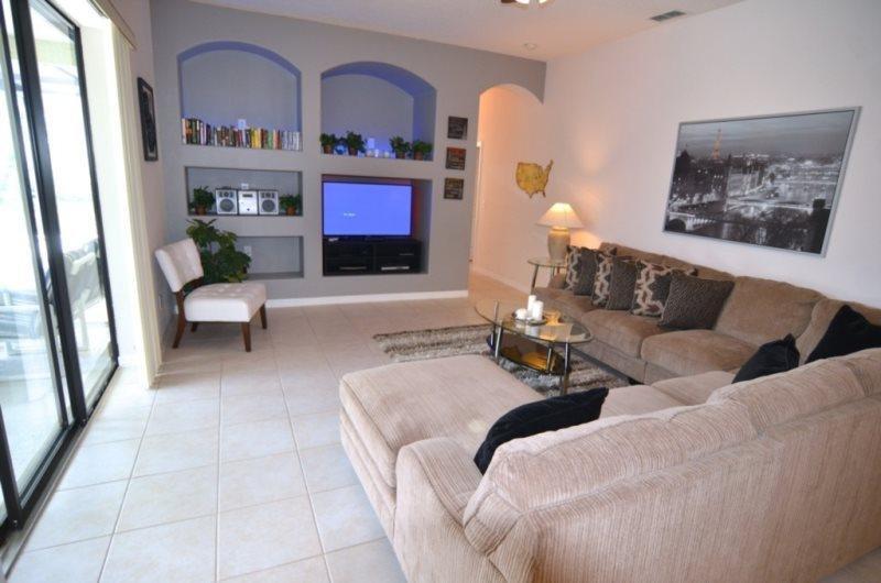 Luxury 5 Bedroom Pool Home Near Disney. 429CR - Image 1 - Davenport - rentals