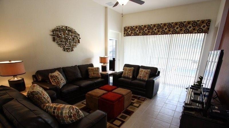 5 Bedroom 5 Bathroom Pool Home Is Just Minutes To Disney. 2624DS - Image 1 - Orlando - rentals