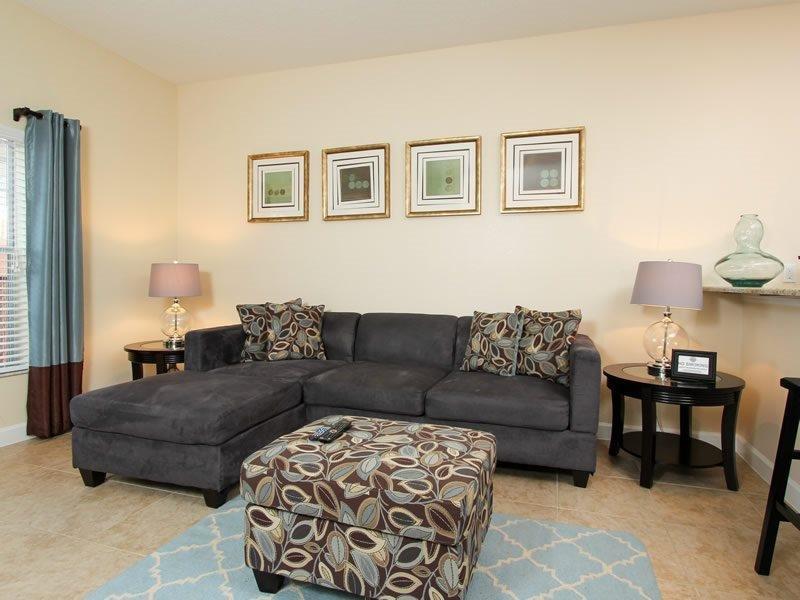 4 Bed 3 Bath Paradise Palms Luxury Townhouse. 8946CUBA - Image 1 - Four Corners - rentals