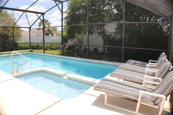 Lovely 4 Bedroom 3 Bath Pool Home In Indian Creek. 8000AC - Image 1 - Four Corners - rentals
