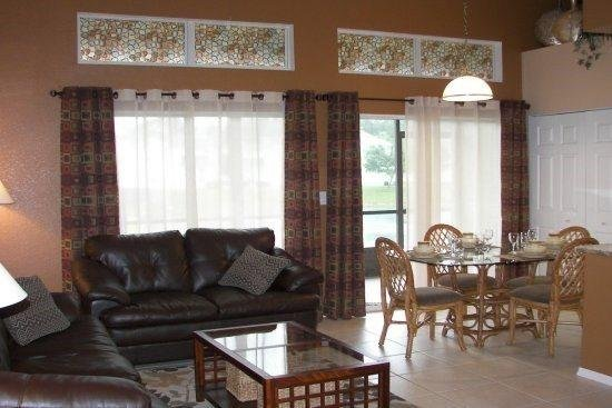 Relaxing 2 Bedroom 2 Bath Townhome in Kissimmee. 8704PD - Image 1 - Kissimmee - rentals