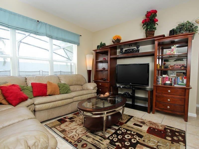 6 Bedroom 4 Bath Pool Home In Gated Resort. 8008KPC - Image 1 - Orlando - rentals