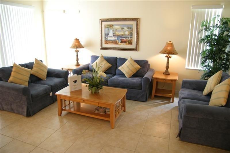 5 Bedroom 3.5 Bath Disney Getaway. 628BD - Image 1 - Orlando - rentals