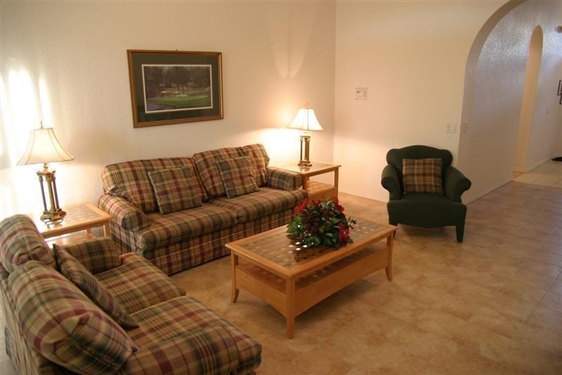 4 Bedroom 3 Bath Pet Friendly Pool Home. 513BIRK - Image 1 - Davenport - rentals