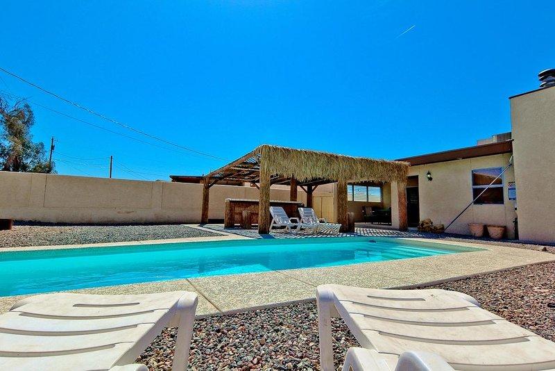 Beautiful 4bed/3bath Lake Havasu City home w/ pool - Image 1 - Lake Havasu City - rentals
