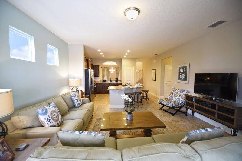 Solterra Resort 5 Bedroom 4.5 Bath Pool Home. 5336OA - Image 1 - Davenport - rentals
