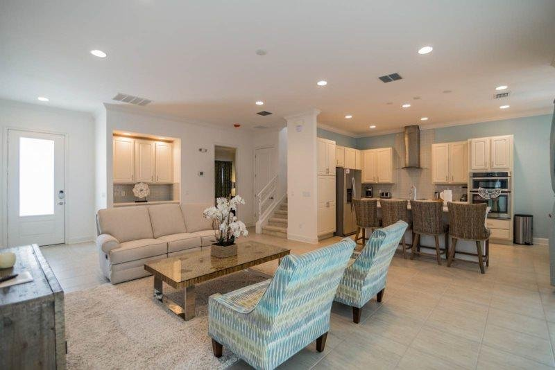 Huge 5 Bedroom Pool Home on the Golf Course at Reunion Resort. 1517FC - Image 1 - Reunion - rentals