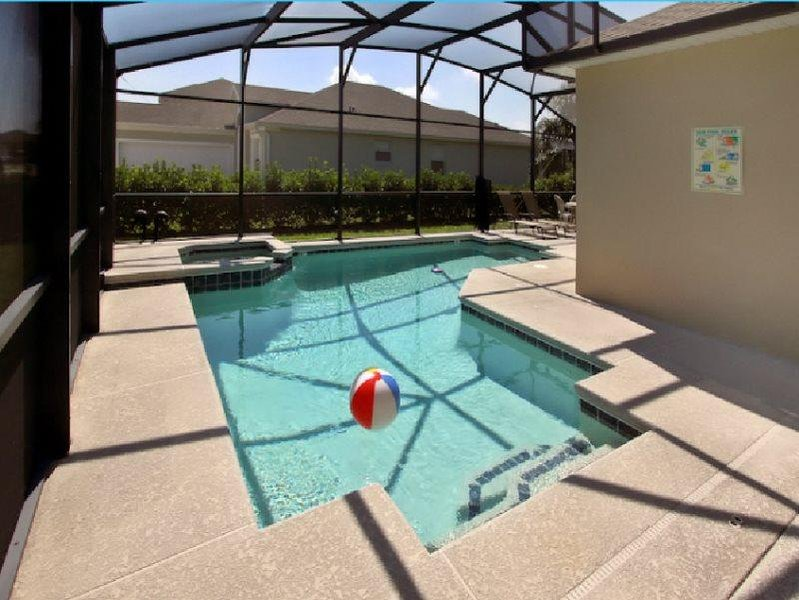 Beautiful 5 Bedroom 4 Bath Pool Home in Tower Lakes. 108MC - Image 1 - Davenport - rentals