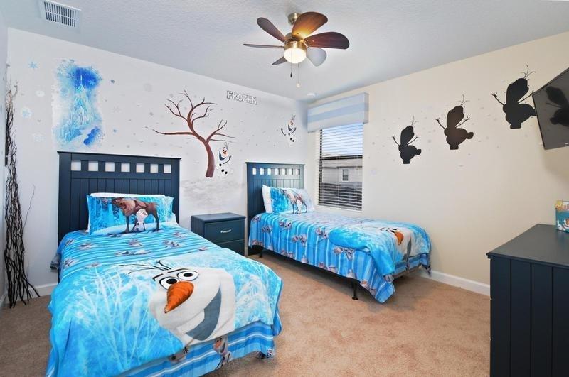 5 Bedroom 4.5 Bath Pool Home In ChampionsGate Golf Community. 1431TBR - Image 1 - Orlando - rentals