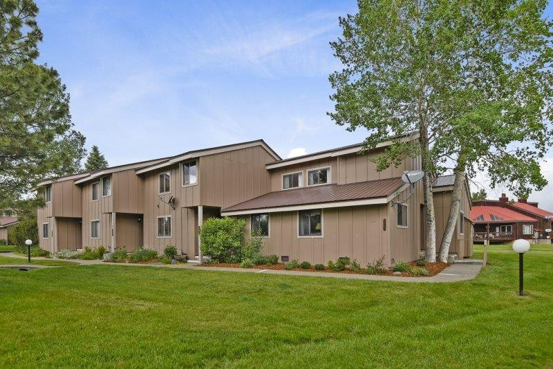 Pines 4048 offers a relaxing Pagosa Springs vacation in this pet friendly condo - Image 1 - Pagosa Springs - rentals