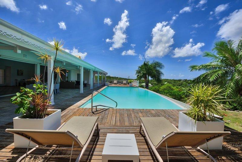 3 bedroom luxury modern villa with infinity pool., gazebo - Image 1 - Cupecoy - rentals