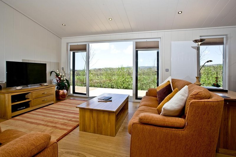 Amber Lodge located in Cheddar, Somerset - Image 1 - Cheddar - rentals