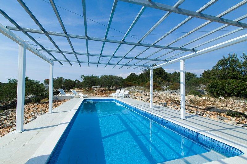Covered swimming pool 3x10 m  - Isolated stone house/vacation house island korcula - Vela Luka - rentals