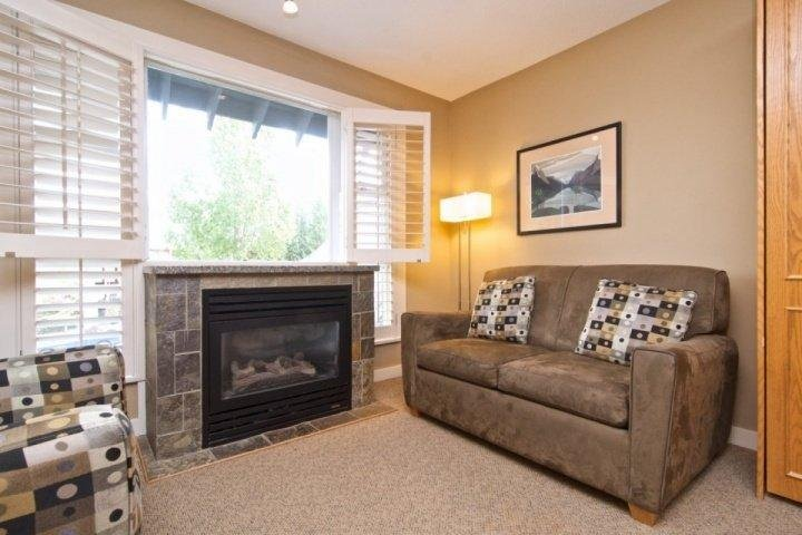 Cozy living space with Twin Sofa bed if needed - Glacier Lodge Unit 226/227 - Whistler - rentals