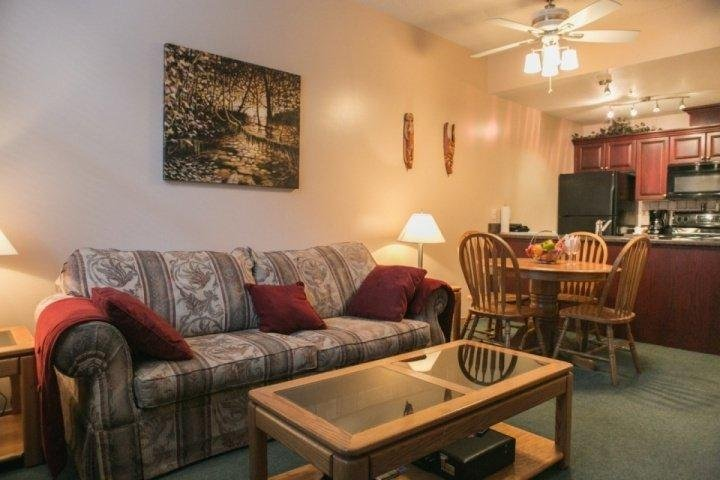 Well appointed luxury throughout - Glacier Lodge Unit 106 - Whistler - rentals