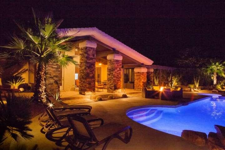 Come enjoy this relaxing getaway!  Cool off under the stars with your favorite beverage - Desert Jewel! Cooling Patio Misters, Beautiful Mountain Views-Walk to El Paseo, - Palm Desert - rentals