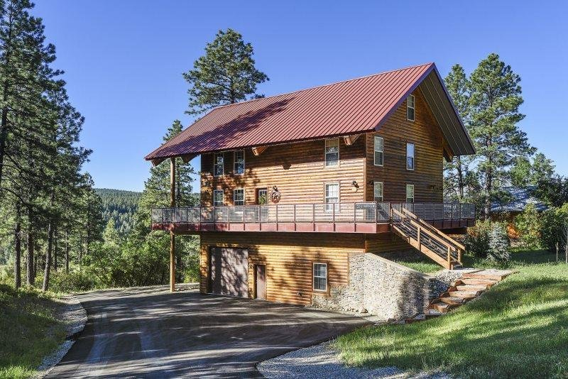 Red Top Lodge is a luxury vacation home in the San Juan River Village. - Image 1 - Pagosa Springs - rentals