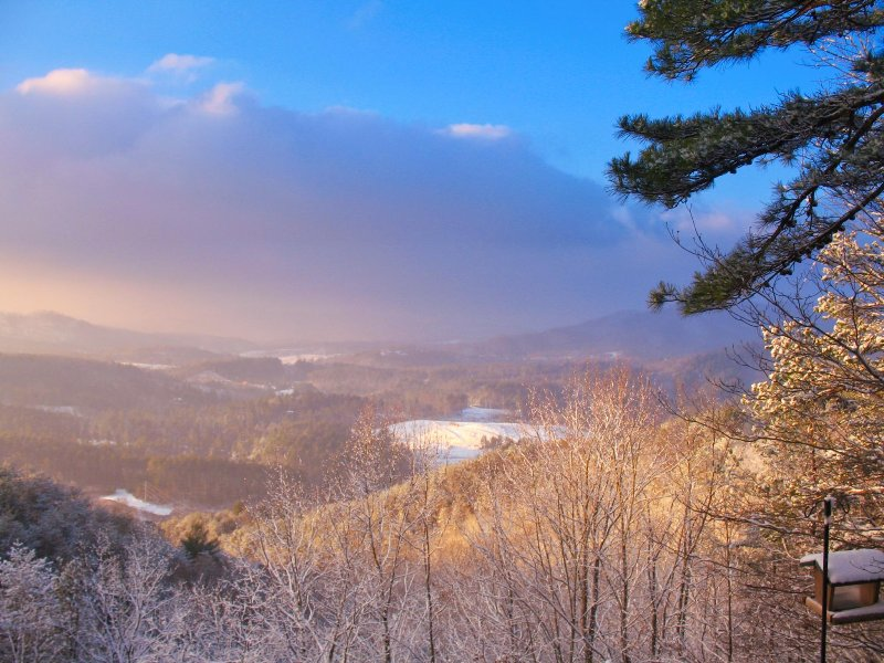 Winter with snow in the valley.... - Above The Clouds Retreat w/Views/Free HBO/WiFi! - Murphy - rentals