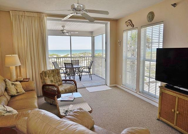 Casual Beach villa with direct view of the Gulf - Image 1 - Cape Haze - rentals
