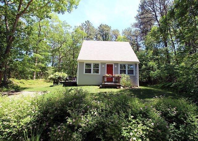 Mink Meadows Guest House - Image 1 - Vineyard Haven - rentals