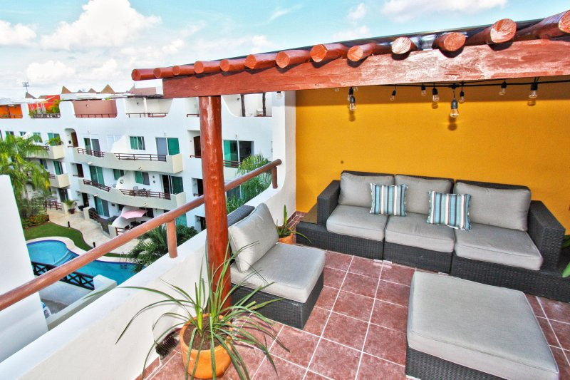 Private roof deck with pool view  - Exquisite Bargain Priced Penthouse - Sol Tranquilo - Playa del Carmen - rentals