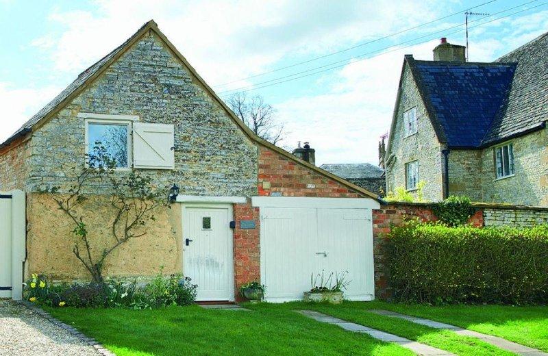 Old Bothy - Image 1 - Halford - rentals