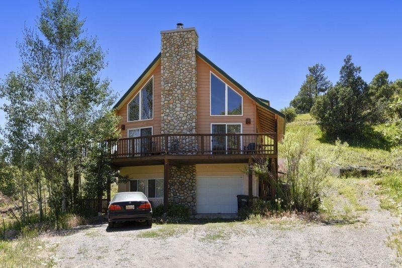 Creekside is a relaxing, pet-friendly vacation home located in downtown Pagosa - Image 1 - Pagosa Springs - rentals