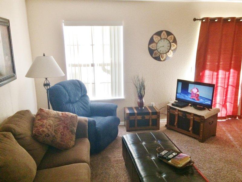 View of the Living Room - 1 Bdrm, Condo, Walk in,mini golf,wifi, Indoor Pool - Branson - rentals