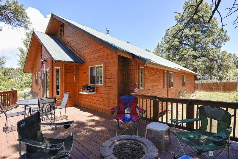 R-N-R- Pagosa offers a relaxing vacation in this charming home located in - Image 1 - Pagosa Springs - rentals