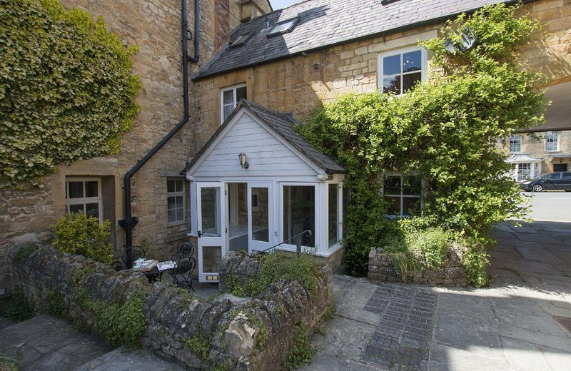 Sherborne House - Image 1 - Chipping Campden - rentals