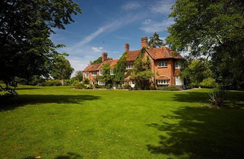 Woodspeen Manor - Image 1 - Stockcross - rentals