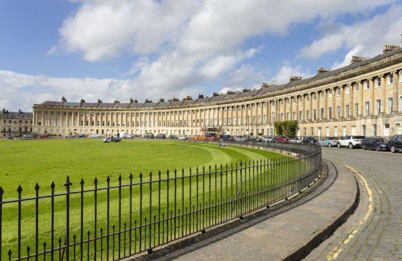 The Royal Crescent Garden Apartment - Image 1 - Bath - rentals