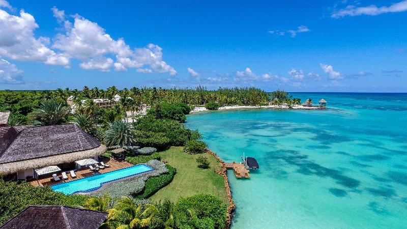 Villa Oceanfront 5 Bedrooms Punta Cana - Image 1 - Punta Cana - rentals