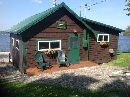 #123 This cabin redefines being `ON the lake!` - Image 1 - Rockwood - rentals